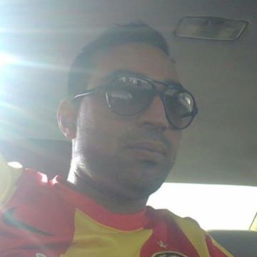 Ycama Djelassi, 35, Tunis, Tunisia