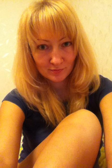 Irina , 40, Kiev, Ukraine