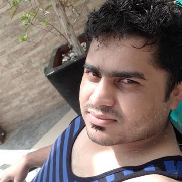 Hassan, 29, Dubai, United Arab Emirates