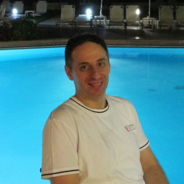 Nikos, 40, Athens, Greece