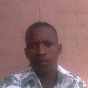 itumeleng, 37, Rustenburg, South Africa