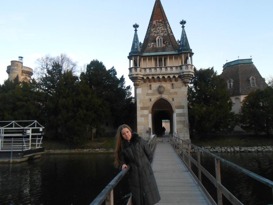 Marichka Halushchak, 28,