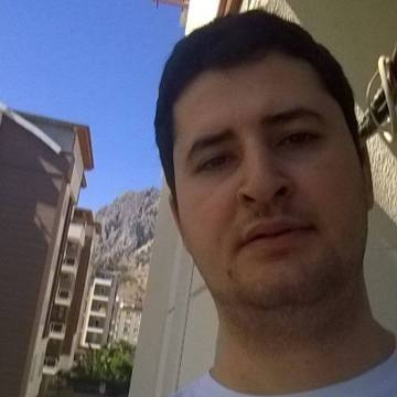 Altuğ, 29, Istanbul, Turkey