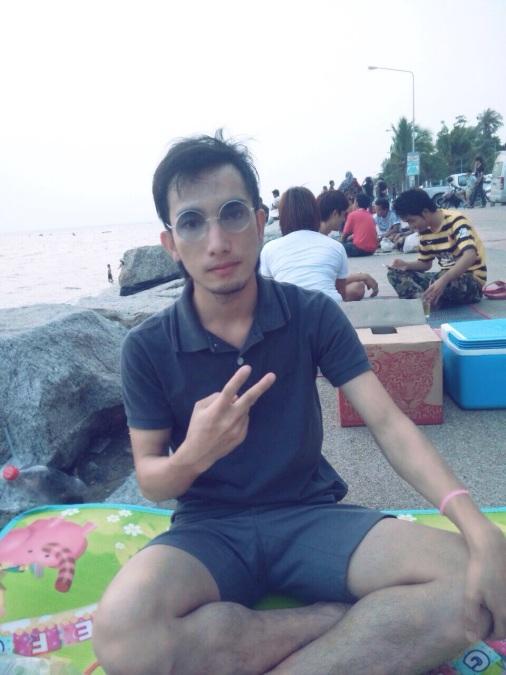 Aniwat, 29, Ban Bueng, Thailand