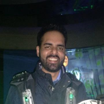Saheb Sahni, 33, Ni Dilli, India
