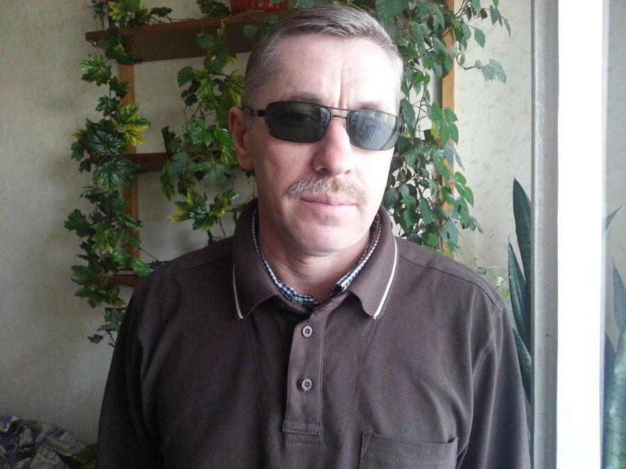 Виктор, 52, Brest, Belarus