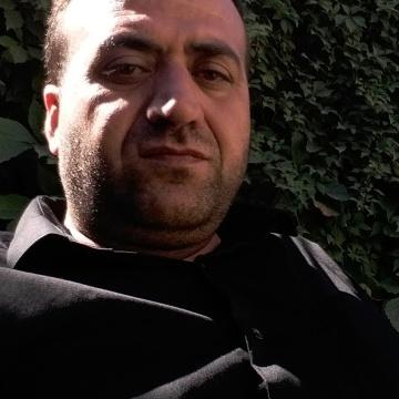 Mostafa Mohammad, 41, Erbil, Iraq
