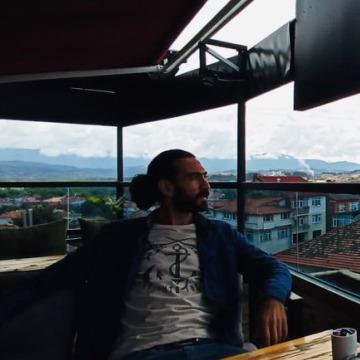 Ersin, 26, Istanbul, Turkey