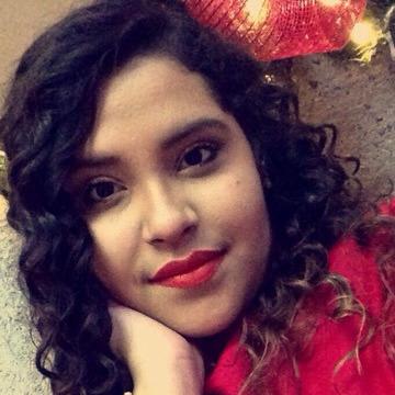 Vanessa, 21, Mexico City, Mexico