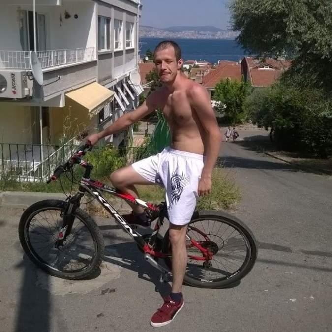 Murat Çaprazoğlu, 32, Istanbul, Turkey