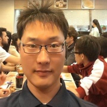 Daniel. Y, 35, Seoul, South Korea