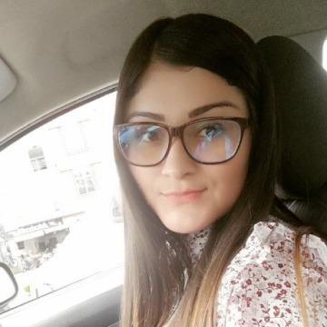 Natalie  Osorio, 29, Medellin, Colombia