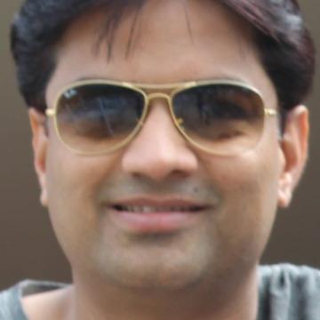 Sonesh, 40, Pune, India