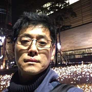 Jun, 42, Seoul, South Korea