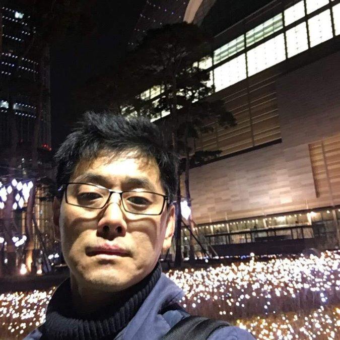 Jun, 42, Seoul, South Korea