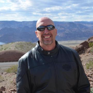 Chuck Williams, 57, Usa, Japan