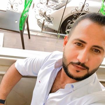 Abdullah, 34, Al Qurayyat, Saudi Arabia
