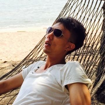 Hunt, 38, Kuala Lumpur, Malaysia