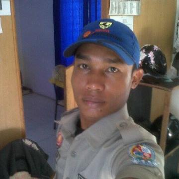 Herusetiawan Heru, 34, Medan, Indonesia