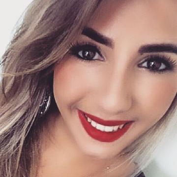 Maria, 31, Montreal, Canada