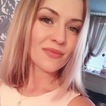 Kler, 28, Dubai, United Arab Emirates