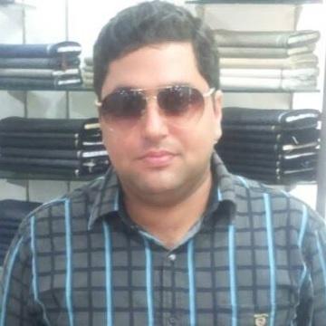 Deepak Ashpnani, 35, New Delhi, India