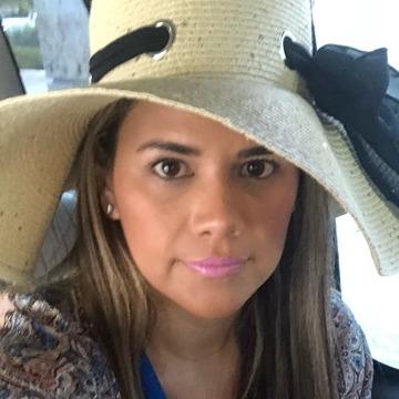 Sheyla Cueva, 39, Guayaquil, Ecuador