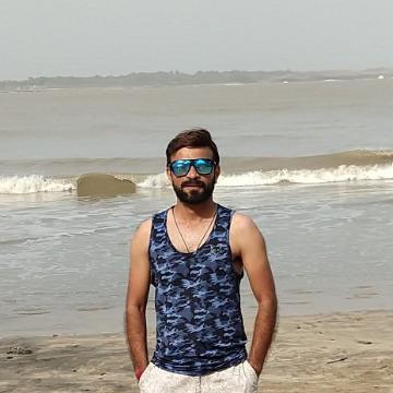 Milan Pathak, 35, Bangalore, India
