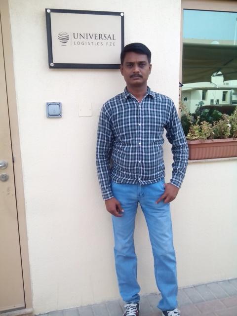 Hiren, 43, Dubai, United Arab Emirates