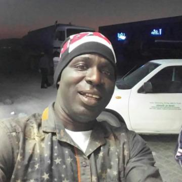 Idowu, 42, Dubai, United Arab Emirates