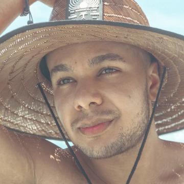 Igor Silva, 20, Caruaru, Brazil