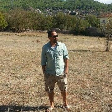 İ_Yilmaz, 44, Istanbul, Turkey