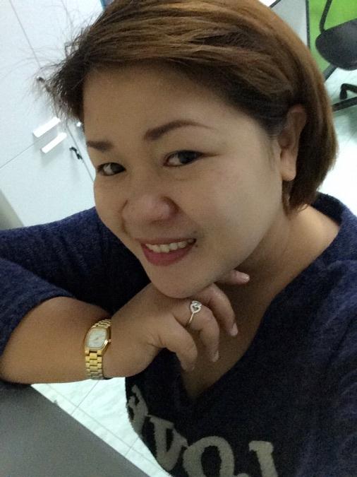 Dokaor Lowsing, 38, Bangkok, Thailand