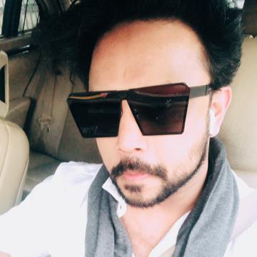Sunnyraj Chavan, 31, Mumbai, India