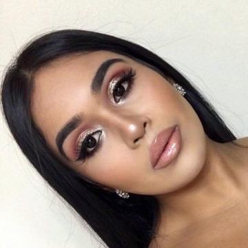 Becky, 23, Abu Dhabi, United Arab Emirates
