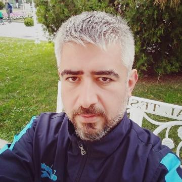 Mazlum Kara, 42, Istanbul, Turkey