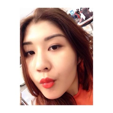 pling, 25, Bangkok, Thailand