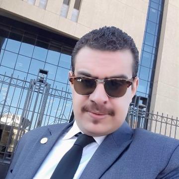 Mekha Tħarwat, 29, Cairo, Egypt