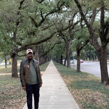 Mido, 39, Houston, United States