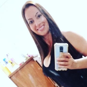 Leidy, Instagram is Ceidy_84, 36, Caracas, Venezuela