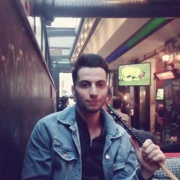 Yasen Kodmani, 22, Istanbul, Turkey
