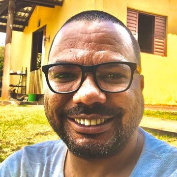 Uelinton Carlos Moreira Silva, 34, Sao Paulo, Brazil
