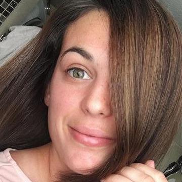 Victoria, 32, Tacoma, United States