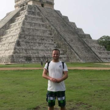 Martijn Oortman Gerlings, 31, Rio de Janeiro, Brazil