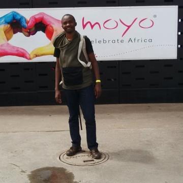 thabo, 27, Gaborone, Botswana