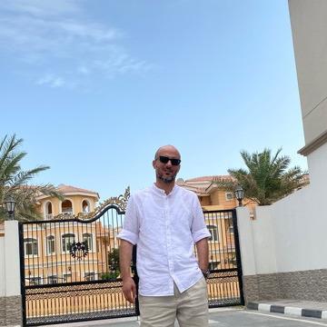 Fahed, 36, Doha, Qatar
