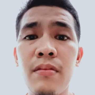 Oloy Guevarra, 30, Bacoor City, Philippines