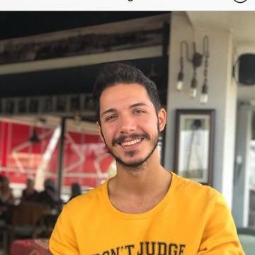 Farukk Akbulut, 22, Istanbul, Turkey