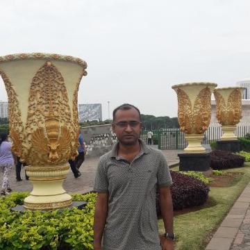 Amanullah, 41, Dhaka, Bangladesh