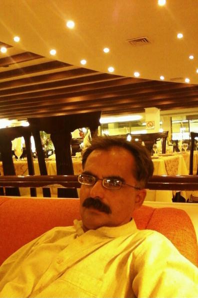 Mr. Muhammad imran Khan, 44, Dera Ismail Khan, Pakistan